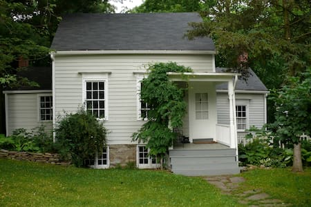 1770 House in Historic Kinderhook - Kinderhook - Dom