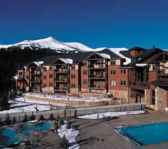 1 BR Breckenridge Condo - Colorado Springs - Huoneisto