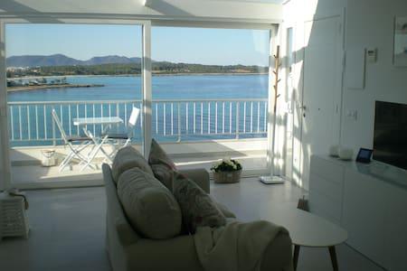 LUXURY PENTHOUSE ON THE BEACH - S'illot - Appartamento