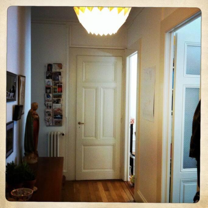 grand couloir d'entrée