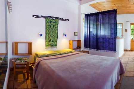 Room type: Private room Property type: Cabin Accommodates: 2 Bedrooms: 1 Bathrooms: 1
