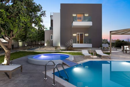 Villa Kastellakia, Luxury Design - Villa