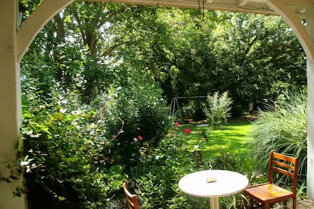 Studio for rent near Saint-Emilion - Huis