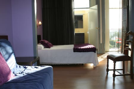 Hotel Estoril Porto - Suite - Porto - Bed & Breakfast