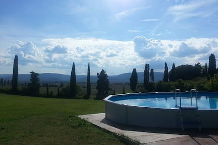 B&B beautiful farm, Siena 10 min, shared bathroom - San Rocco A Pilli - Bed & Breakfast
