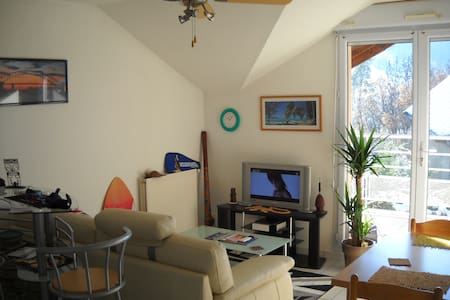 Appartement moderne avec terrasse - Byt