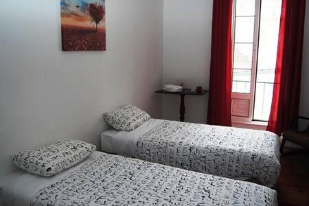 B&B Rooms in Ponta Delgada Center - Ponta Delgada - Bed & Breakfast