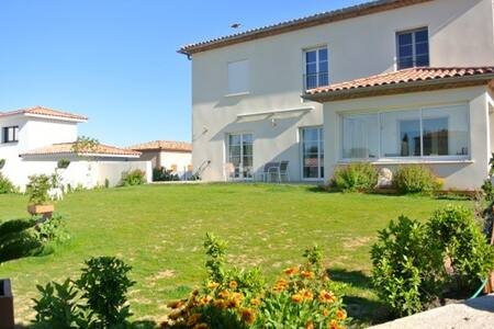 Spacieuse villa et sa piscine - Saint-Bauzille-de-la-Sylve - Villa