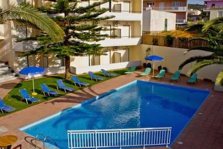 San Apartments - Ρέθυμνο