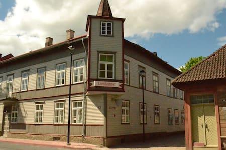 Viljandi old town - Byt