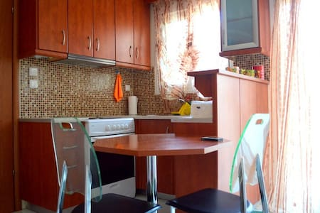 Cozy home in Karditsa-PlastirasLake