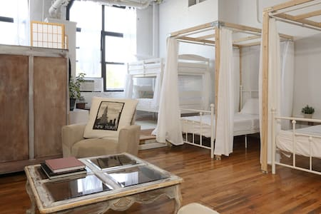 "The Ladies Loft, The ""Times Sq"" bed"