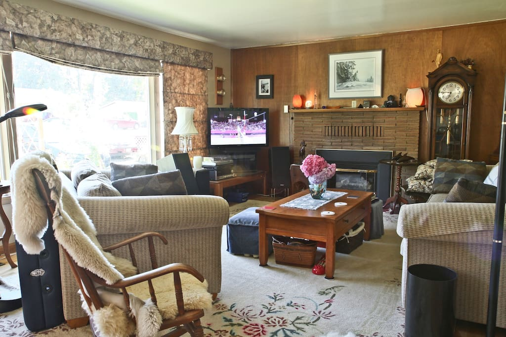 Relax in the living room, watch tv or sit by the fire.