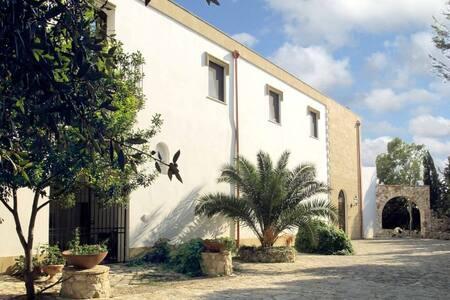 Masseria Artemisia. - Torre San Giovanni - Bed & Breakfast