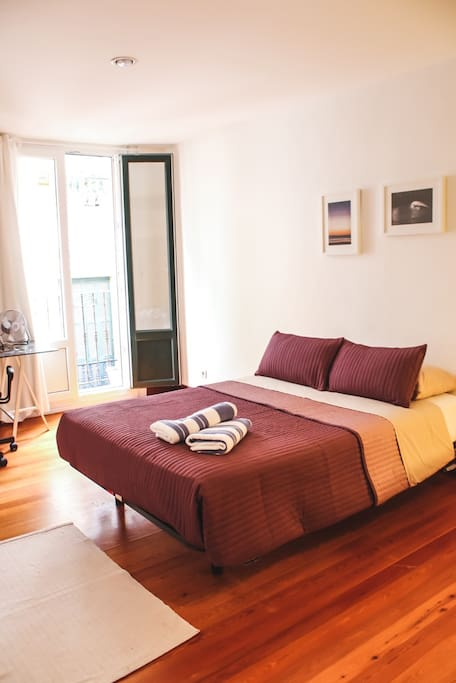 Double room #2 with double bed and balcony