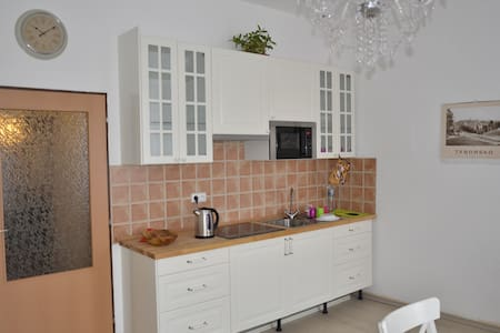 Beautiful apartment for 5 persons - Tábor