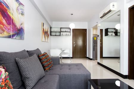 Modern One Bedroom Fully Furnished