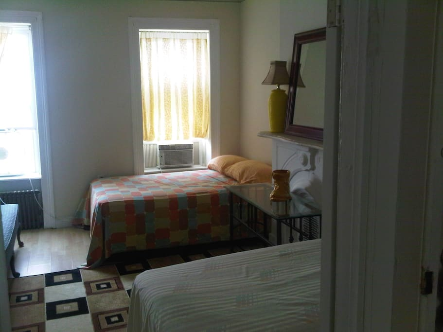 large room air conditioned