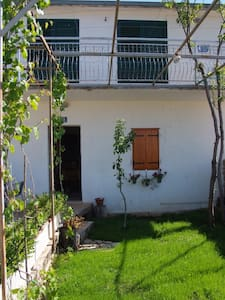 Vacation and relax house - Koprivno