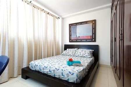 PRIVATE APT NEAR BEST SALSA SCHOOLS - Lägenhet
