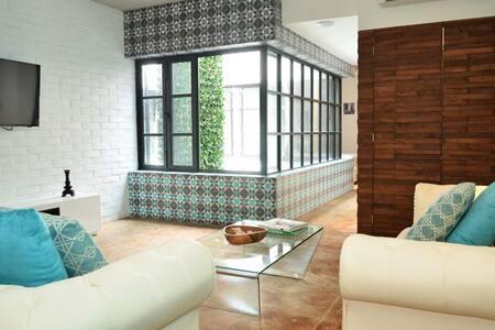 Condo 5th Avenue- Nuove Loft