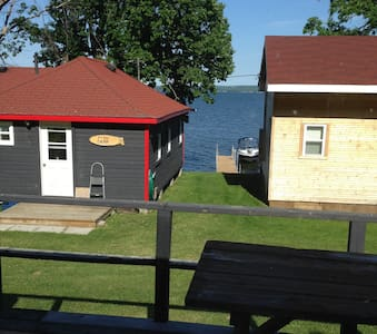 Cottage for rent on Rice Lake, ON - Keene - Blockhütte