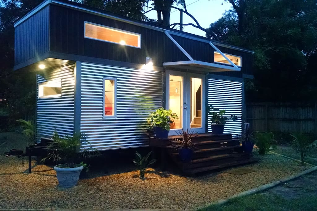 New Ultra Modern Tiny House Houses For Rent In Orlando