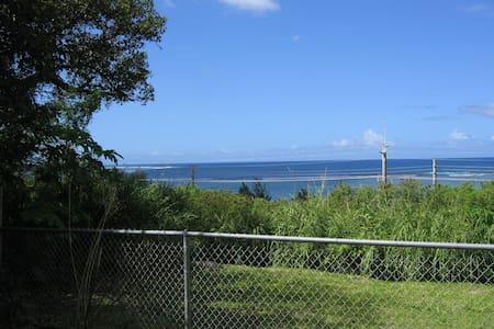 Charming Ocean View Deluxe Studio - Asan - Pis