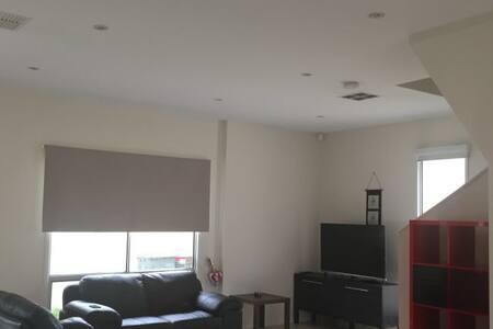 2 bedrooms - Reihenhaus