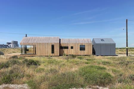 Award-winning Dungeness modern home - Romney Marsh - Hus