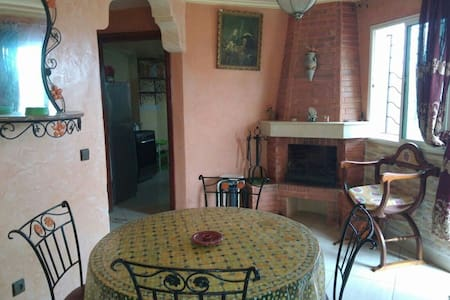 Magnifique duplex avec piscine - Sidi Bouzid - Apartamento