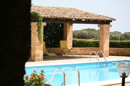 Villa Rustica con Piscina - Selinunte - Villa