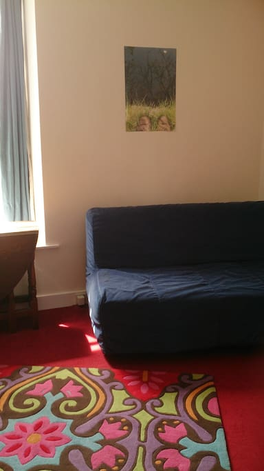 A bit more of the double sofa bed!