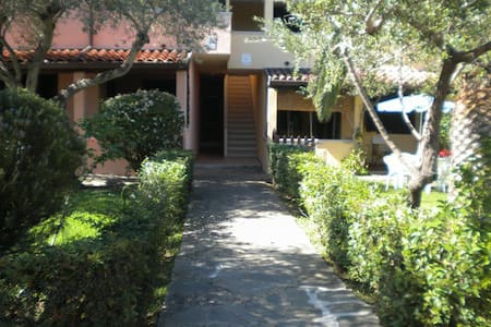 Grazioso Bilocale  SanTeodoro - Appartement