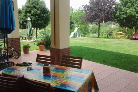 Mini apartament with garden