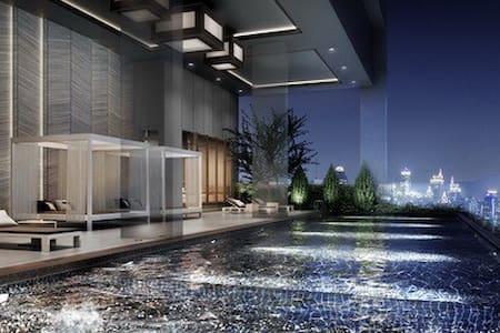 1 min to BTS, Lux APT, Wifi, Pool - Bangkok - Appartamento