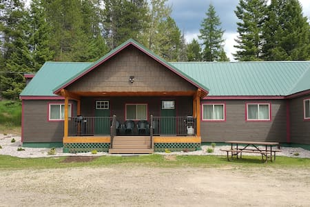 Moose Creek at Lazy Bear Lodging - Hungry Horse - Townhouse