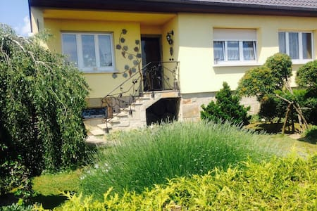 Maison agréable proche Bâle- Suisse - House