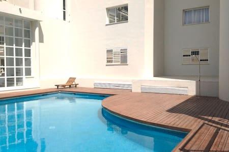 2 Bedrooms wifi Marina Botafoch - Eivissa