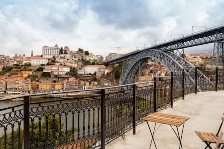 Balcony of Douro riverfronts - House