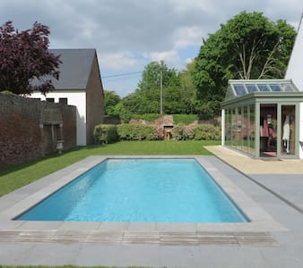 1 comfortable room to rent - Chaumont-Gistoux - House
