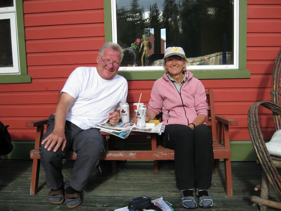 Happy guests Grrlinde and Paul on back deck.
