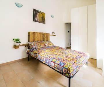 NoHayNadaHomeGallery, art and hospitality - Ferrara