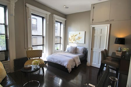 Great Studio in the heart of Harlem