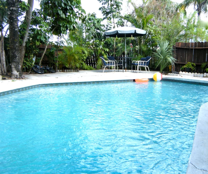 ROOM FOR 3 POOL HOUSE SHARED BATH Houses For Rent In Fort Lauderdale