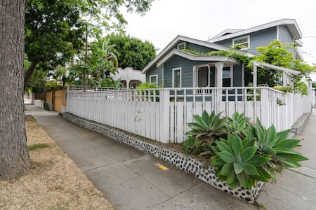Light and airy master bedroom with private bathroom in the heart of Venice Beach.  The room is fully furnished and features a Queen Size Bed, Desk, En Suite Living Room, Walk in Closet, His and Her Sinks in the Bathroom and lots of Live Plants.