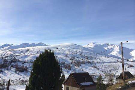 Chalet de Montagne Pyrénées Village de Poubeau - Poubeau