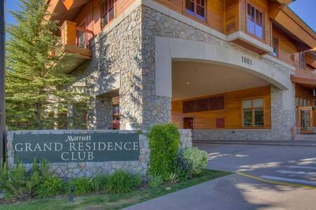AT THE GONDOLA-MARRIOTT SLEEPS 2 - South Lake Tahoe - Appartement en résidence