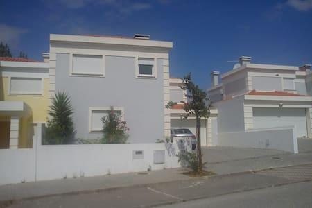 Moradia c/ 3 quarto-Centro Portugal - House
