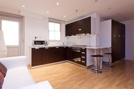 1 Bed flat Earls Court - London - Apartment